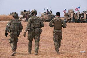 Hơn 100 xe thiết giáp chở binh sĩ Mỹ tràn vào Iraq từ Syria