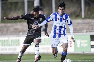 Văn Hậu chưa được ra sân, HLV Heerenveen nói điều bất ngờ