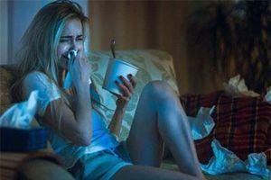 Vì sao khi khóc con người chảy nước mắt và cả nước mũi?
