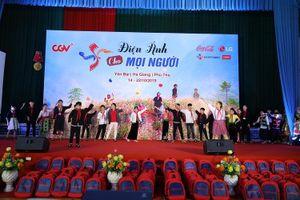 Mang phim Việt tới hơn 2.500 học sinh dân tộc thiểu số