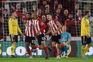 Thua sốc đội mới lên hạng, Arsenal văng khỏi tốp 4