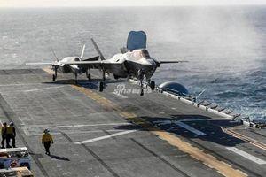 Mổ xẻ 'tàu sân bay thứ 12' của Hải quân Mỹ đang ở Biển Đông