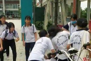 Bộ Giáo dục và Đào tạo nói gì vụ nữ sinh lớp 8 bị quây đánh?