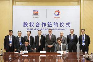 Total lập liên doanh với một công ty Trung Quốc về nhiên liệu hàng hải
