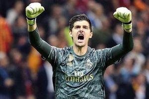 Courtois hóa 'người nhện', Real Madrid lần đầu hưởng niềm vui chiến thắng tại Champions League mùa này