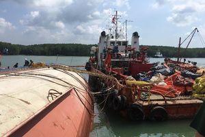 Vụ chìm tàu ở Cần Giờ: Đã đưa 60 m3 dầu ra khỏi tàu