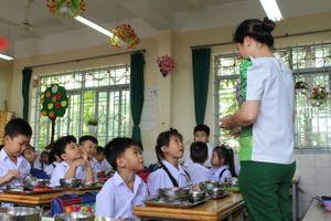 Chuẩn hóa thực đơn bán trú cho học sinh tiểu học tại Tuyên Quang