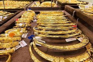 Giá vàng có chiều hướng tăng trở lại