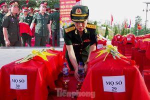 Nguyên Tổng Bí thư Lê Khả Phiêu: Quan hệ Việt Nam - Lào là tài sản vô giá