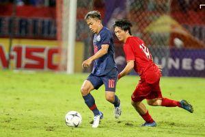 Akira Nishino dựa vào 'Messi Thái' để đấu Việt Nam