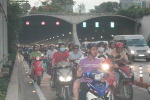 Vì sao cấm phương tiện lưu thông qua hầm sông Sài Gòn vào các ngày 26 và 27/10?