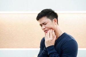 Đau răng khôn nhưng không được nhổ, người đàn ông treo cổ tự tử