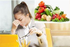 6 thực phẩm giúp giảm mờ mắt cho dân văn phòng