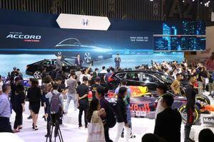 Honda Accord thế hệ thứ 10 về Việt Nam chốt giá từ 1,32 tỷ đồng