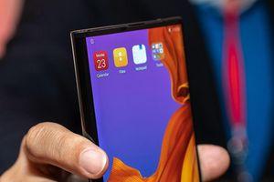 Smartphone màn hình dẻo của Huawei sắp lên kệ ở Trung Quốc với mức giá không tưởng