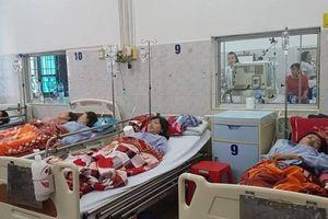 Công nhân Công ty GoldenVictory Việt Nam tiếp tục bị ngộ độc khí