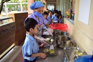 Tuyên Quang triển khai thực đơn chuẩn cho học sinh tiểu học bán trú