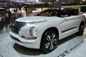 Xe ý tưởng Mitsubishi GT PHEVE chạy được quãng đường 1.200km có gì ấn tượng?