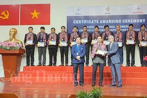 TP. Hồ Chí Minh: 70 kỹ sư ngành điện nhận Chứng chỉ Kỹ sư chuyên nghiệp ASEAN