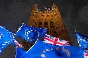 Anh nín thở chờ quyết định của châu Âu về Brexit