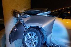 Nhiều ô tô gặp nạn vì 'ma men' chạy xe máy vào đường cao tốc