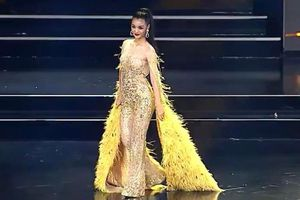 Kiều Loan trình diễn trang phục dạ hội ở bán kết Hoa hậu Hòa bình