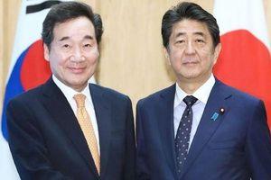 Gặp Thủ tướng Hàn Quốc, Thủ tướng Nhật Bản nói 'không nên bỏ mặc' quan hệ căng thẳng