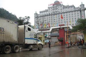 Hạ nhiệt ùn ứ xe nông sản tại cửa khẩu Tân Thanh
