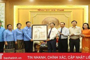 Tổ chức công đoàn góp phần thắt chặt quan hệ hợp tác, phát triển Hà Tĩnh - Bôlykhămxay