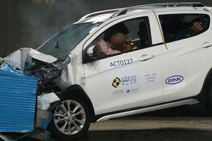 Mang xe đi phá, bộ ba xe VinFast được chấm mấy sao an toàn?