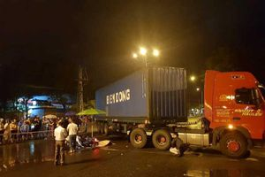 Nam thanh niên chết dưới bánh xe container trên đường đi làm