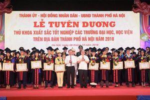 Hà Nội sẽ tổ chức Lễ tuyên dương Thủ khoa xuất sắc năm 2019