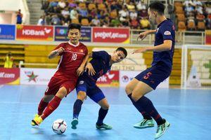 Thi đấu mất tập trung, tuyển thủ futsal Việt Nam thua Thái Lan tại bán kết
