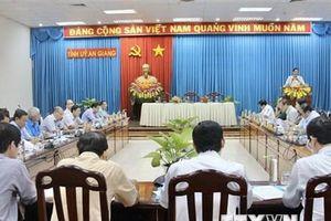 Bộ Chính trị kết luận độ tuổi tái cử của nhân sự cấp ủy nhiệm kỳ mới