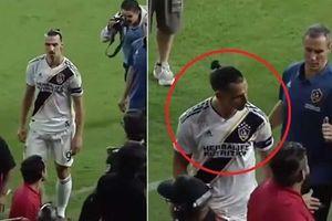 Ibrahimovic lại hành động tục tĩu và tuyên bố ngạo mạn