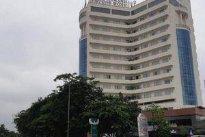 Rơi từ tầng 8 khách sạn, một cán bộ trường Đại học sư phạm kỹ thuật Vinh tử vong