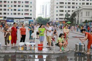 Công ty nước sạch Sông Đà: Xin lỗi khách hàng và miễn phí tiền nước 1 tháng