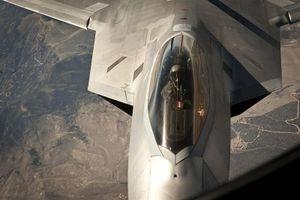 Mỹ 'đốt tiền' nâng cấp F-22, giấu nhẹm mọi điểm yếu
