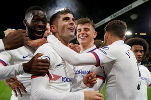 Pulisic 'nổ' hat-trick, Chelsea thắng tưng bừng