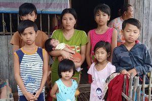 7 đứa trẻ thoát khỏi căn nhà bốc cháy