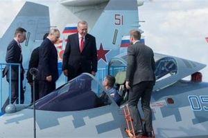 Ông Putin là bậc thày hay Mỹ nhường Nga?