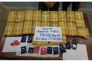 Bắt đối tượng vận chuyển 120.000 viên ma túy tổng hợp từ Lào về Việt Nam