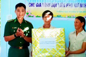 Bàn giao nhà 'Mái ấm biên cương' cho phụ nữ nghèo biên giới tỉnh Đắk Lắk