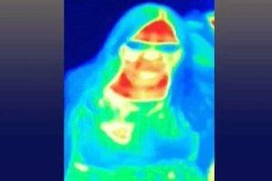 Chụp ảnh nhiệt ở bảo tàng, người phụ nữ tình cờ phát hiện ung thư vú
