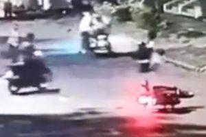 Truy xét nhóm cướp táo tợn đánh người cướp xe