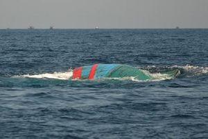 Bình Định: Đang tìm kiếm hai thuyền viên bị mất tích trên biển