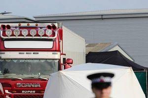 Vụ 39 người chết ở Anh và thảm kịch dự báo từ trước: Vì sao xe tải chở người không bị lục soát?