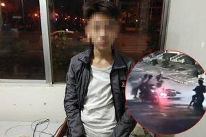Tạm giữ thiếu niên 15 tuổi trong băng nhóm giật túi xách bất thành còn quay lại hành hung cướp xe máy cặp đôi ở Sài Gòn