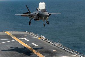 Siêu tiêm kích F-35 lần đầu thử chế độ 'quái thú' trên tàu sân bay Anh