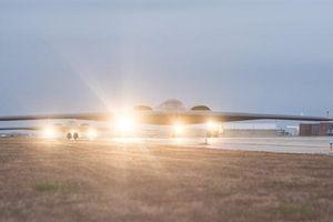 Mỹ điều cả B-2 Spirit và B-52H sang châu Âu dọa Nga?